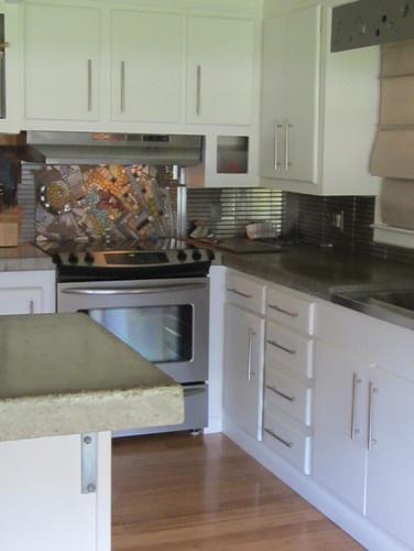 mosaic backsplash behind stove mosaics pinterest