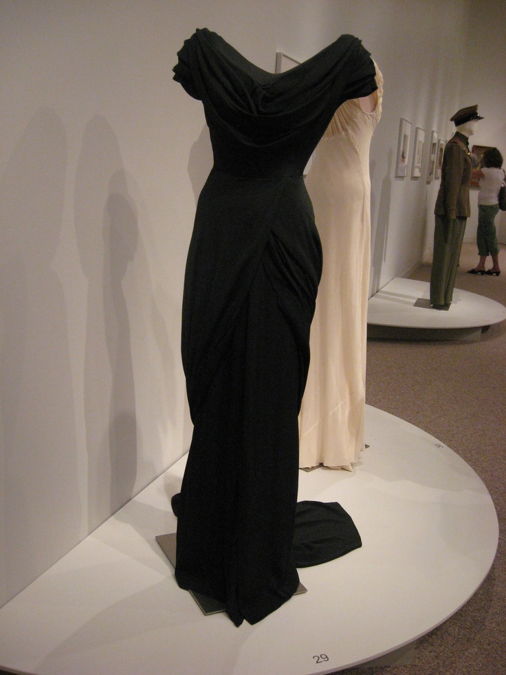 Kent State Museum - Katharine Hepburn movie costumes
