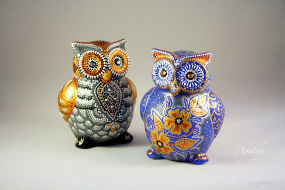 Ceramic Owl Decor Painted In Point To Point Technique