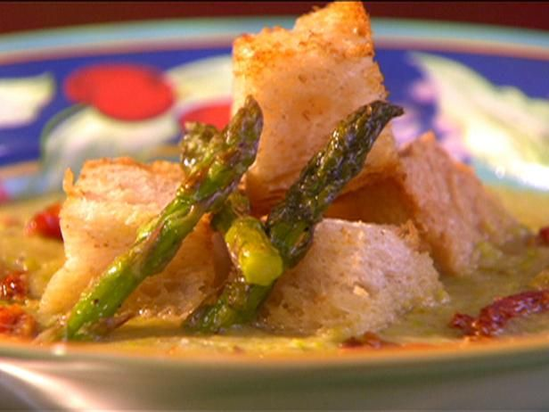 Roasted Asparagus Soup with Sun-dried Tomatoes and Parmesan Croutons ...