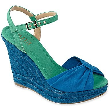JCPenney has many styles of Women's Slippers, Shoes, & Boots on Sale. Save an additional 15% with code JCPCRBAN. Shipping is FREE for the Shoes & Boots