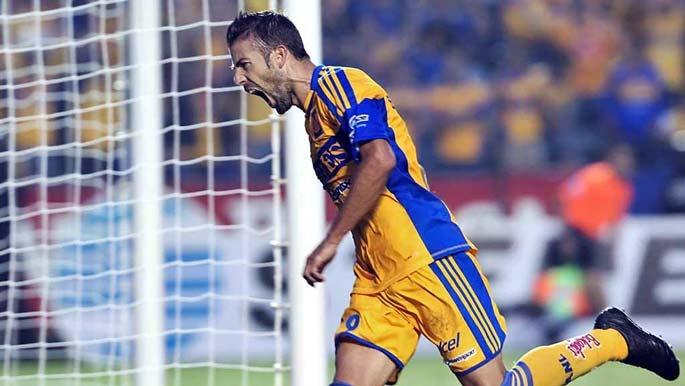 Con doblete de Luis García Fernández, Tigres UANL vence 2-0 a Cruz Azul, los felinos llegan a 12 pts. en el A-2012. ¡Vamos Tigres!