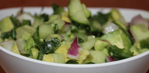 Paleo Cucumber Avocado Salsa | eating for life | Pinterest