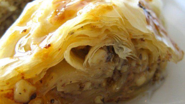 Simple Baklava Recipe Recipe | i wanna EAT this (food) | Pinterest