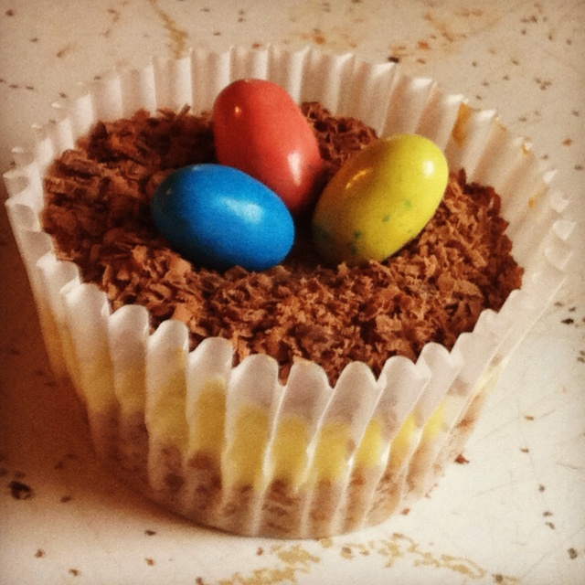 Mini Easter cheesecakes! | Easter cheesecake | Pinterest