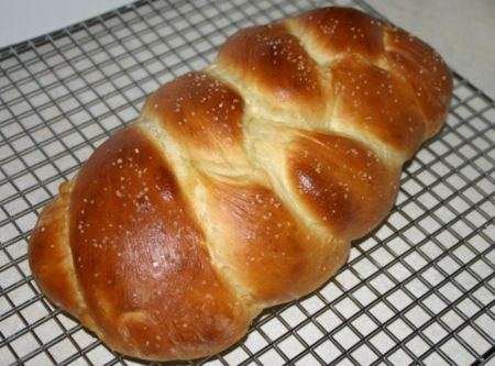 Challah Bread (egg bread) Recipe | Hamburgers. Awesomeness on a bun…