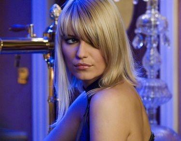 blonde girl casino royale