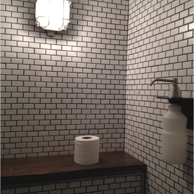 Subway Tile With Dark Grout Grout Is Too Dark Too Many Lines With