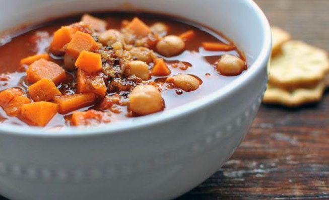 hearty sweet potato chickpea chili with # quinoa