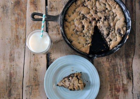 skillet cookie?! yes please!!   Food-Sweets   Pinterest
