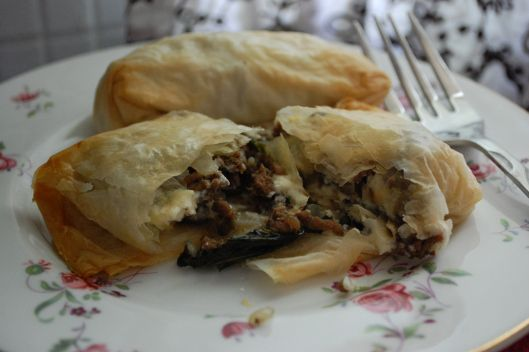 Don't they look yummy? Beef and Stilton ,mini-pasties, served at a ...