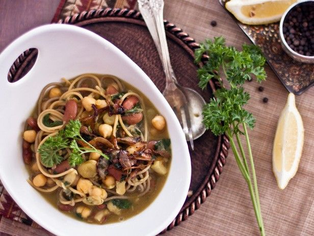 Persian New Year's Soup With Beans, Noodles and Herbs (Ash-e Reshteh ...