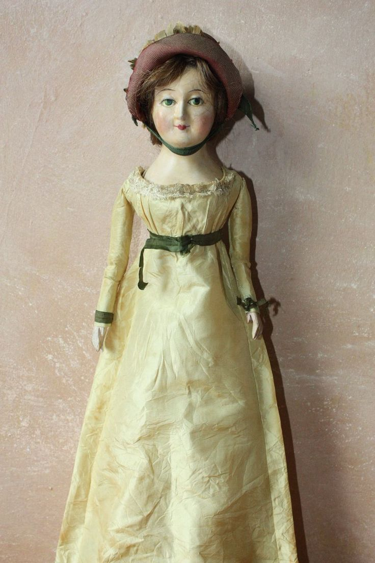 Old fashioned doll clothes 42