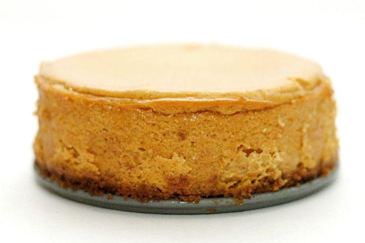 Bourbon pumpkin cheesecake | nom dot com | Pinterest