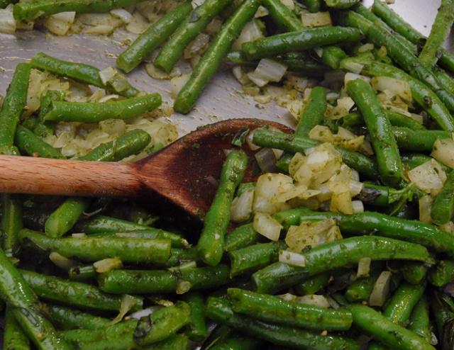 Basil Pesto Beans | Primal/Paleo Recipes | Pinterest