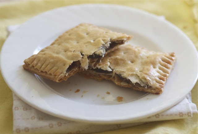 Cinnamon brown sugar pop tarts | Breakfast | Pinterest