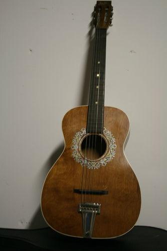 Early harmony stella circa 1940 guitars play em love em pint