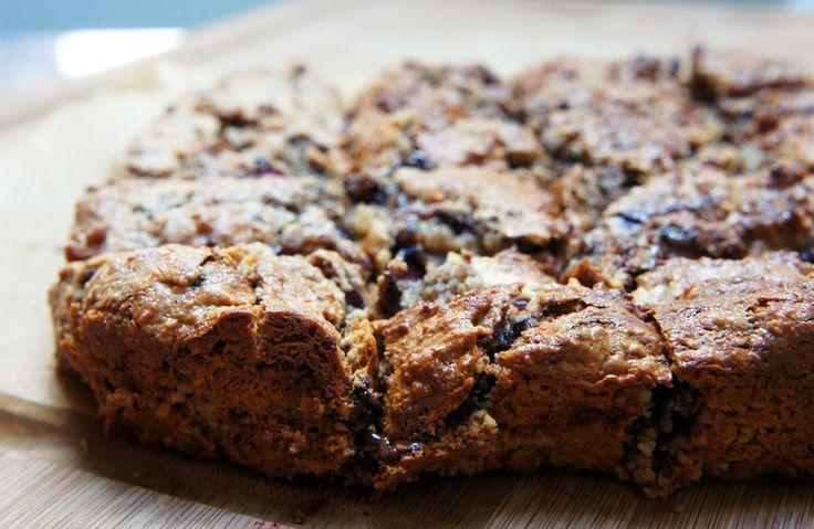 Grain-free and gluten-free Dark Chocolate Chip Cherry Cookie Bars ...