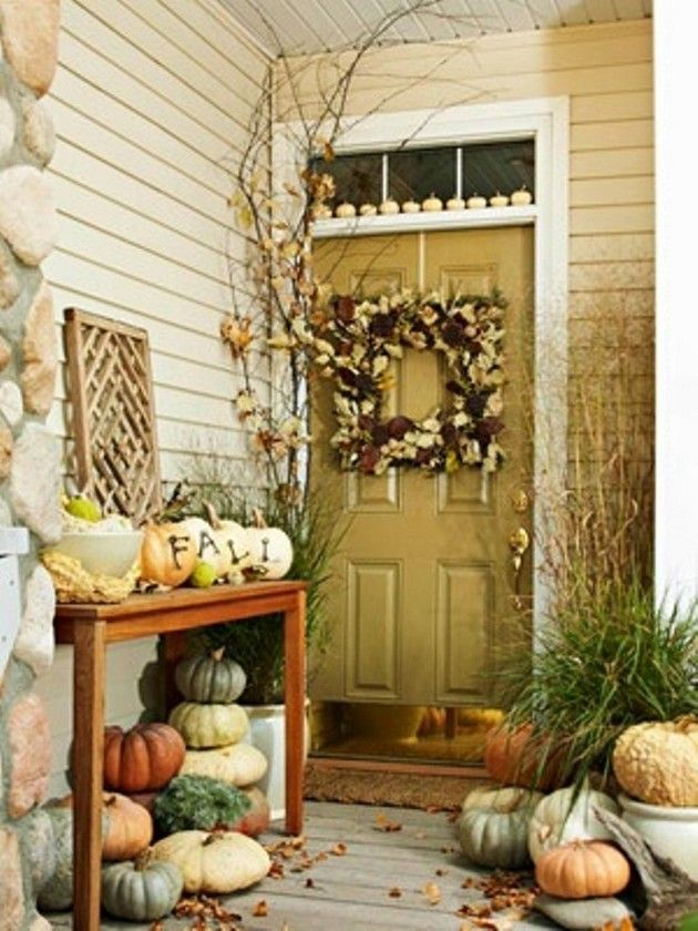 Fall decorating ideas outdoor pinterest for Front porch fall decor