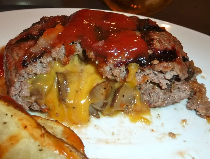 Cheddar and Mushroom stuffed Burger | Foodie! | Pinterest