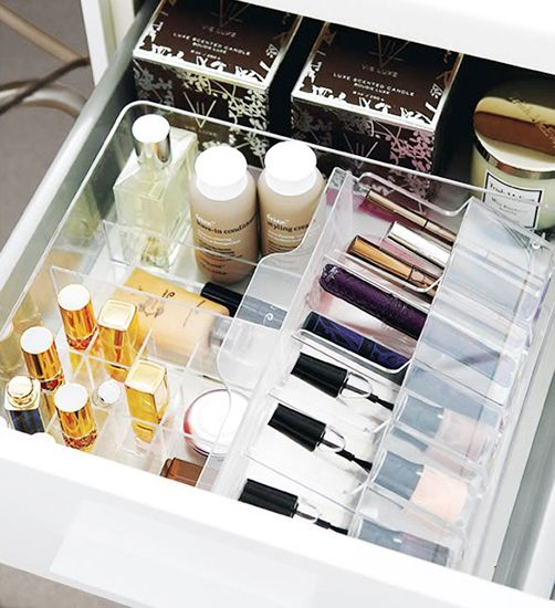 7 Chic Ways To Keep Your Vanity Organized