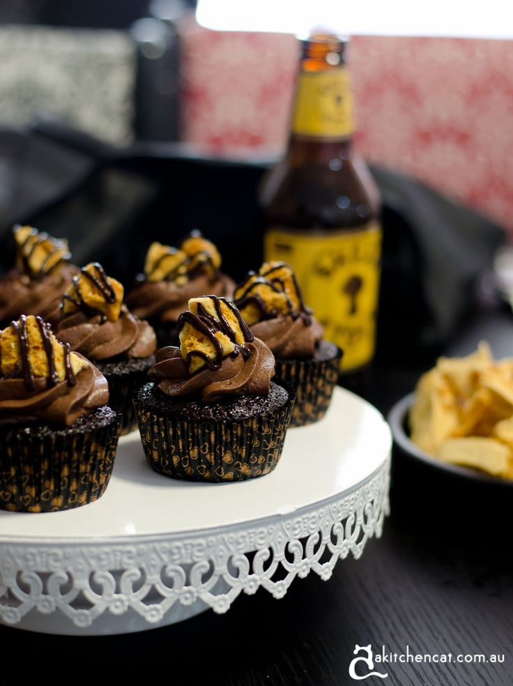 chocolate stout cupcakes with honeycomb | Bake it - sweets | Pinterest
