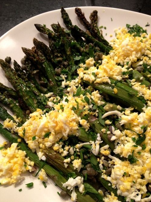 Grilled Asparagus Mimosa | Savory Temptations | Pinterest
