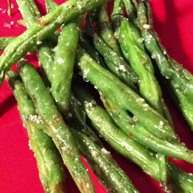 Parmesan roasted green beans! Yum!! | I made this!! | Pinterest