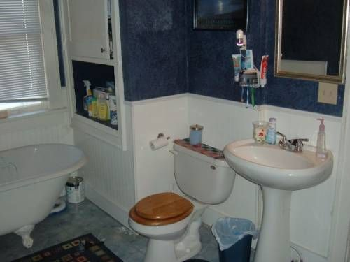 redecorate a bathroom for less than 33 this mom did