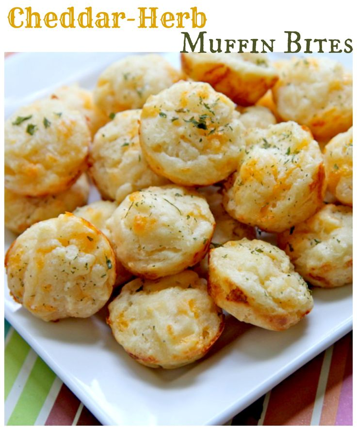 ... and popable! http://www.ifood.tv/recipe/cheddar-herb-muffin-bites