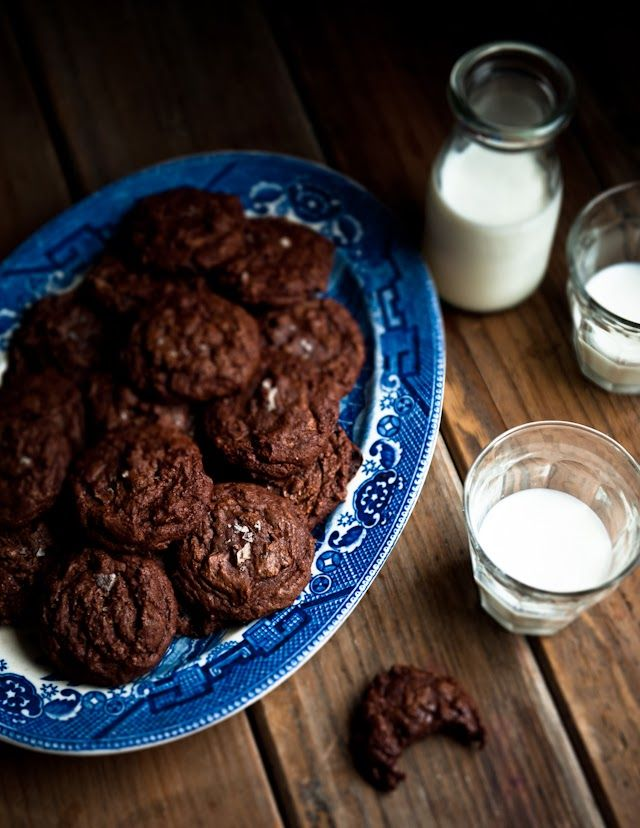 Salted Dark Chocolate Espresso Cookies | Cookies and Bar Cookies | Pi ...