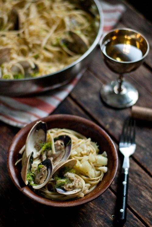 The Gouda Life » Simple Simplicity | Linguine with Fennel and Clams