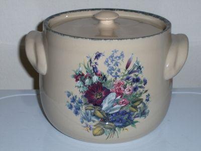 Home and garden party bean pot floral splendor cooke jar Home and garden party