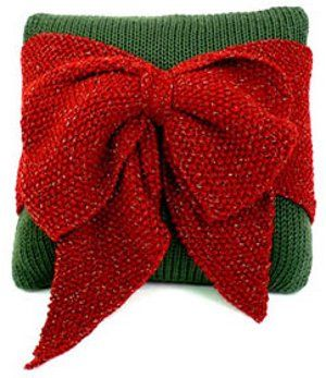 Knit bow pillow tutorial.  Great for Christmas
