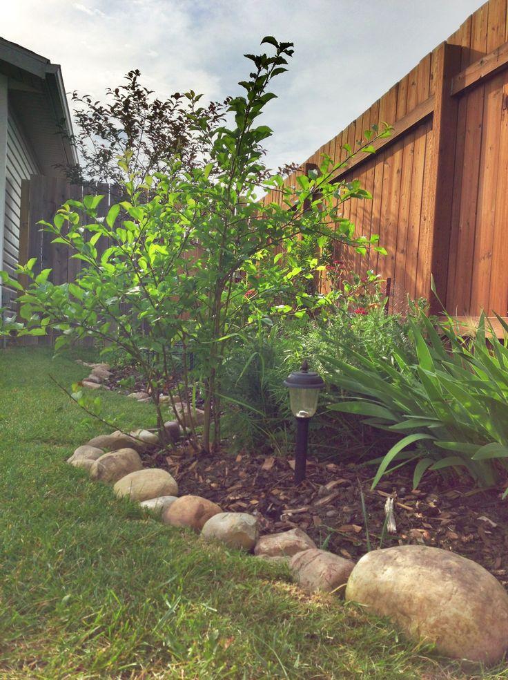Landscaping Rock Border : River rock border for garden the home