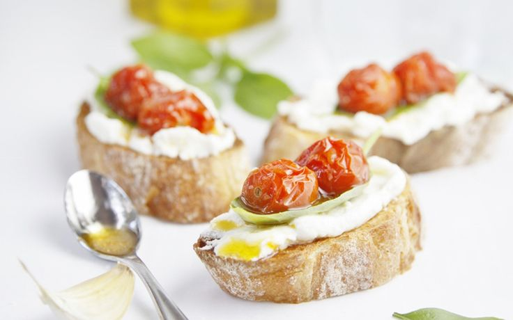 Roasted Cherry Tomato and Ricotta Crostini | Appetizing Appetizers ...