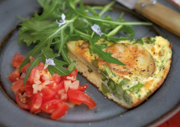 Asparagus & feta frittata. Looks really easy to prepare and blooming ...