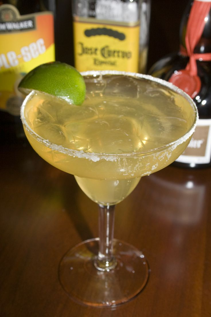 Perfect Margarita On The Rocks | Delicious Drinks | Pinterest