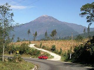 12 volcan mas alto guatemala:
