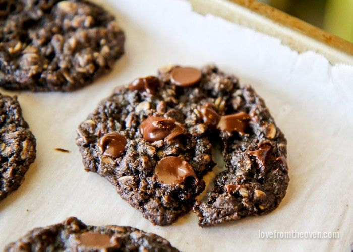 Chocolate Oatmeal Cookies can be gluten free!!