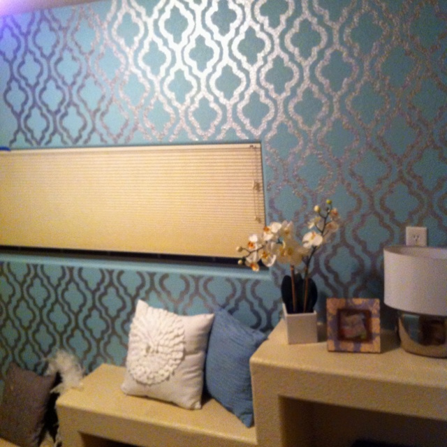 Hand painted silver metallic wall paper wall paint - Silver metallic wall paint ...