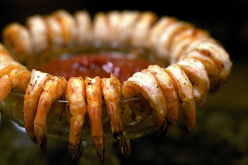 Hosting a party? Whip up this super simple grilled shrimp appetizer.