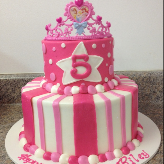 Cake Designs For 5th Birthday Girl : Riley s 5th Birthday Cake! Party Ideas Pinterest