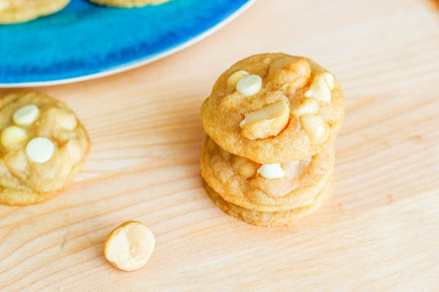 White Chocolate Macadamia Cookies. ~ These are my favorite cookies ...