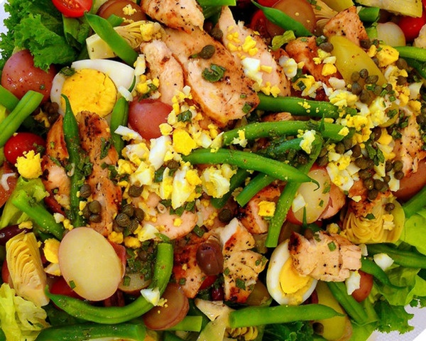 Farmers Market Nicoise Salad | Nutrition And Healthy Options | Pinter ...