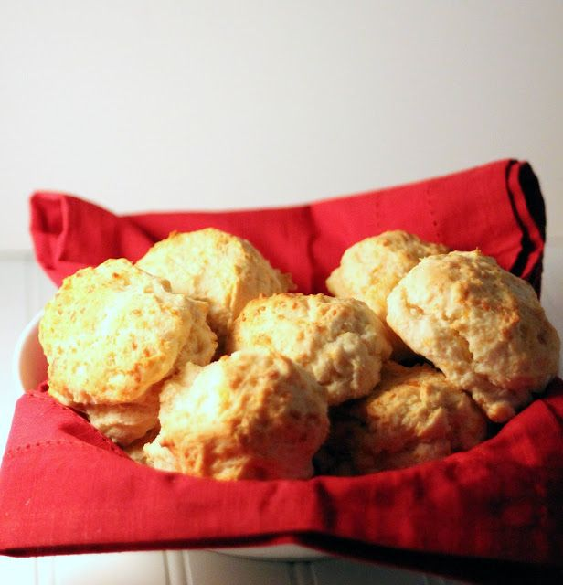 Red Lobster Cheddar Bay Biscuits | Stuff | Pinterest