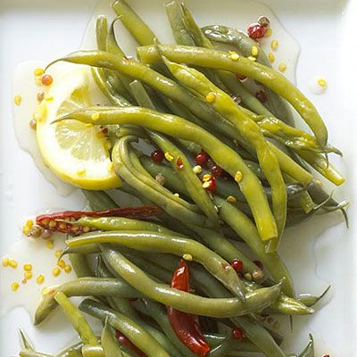 Pickling recipes: Spicy, Crunchy Pickled Green Beans with Lemon