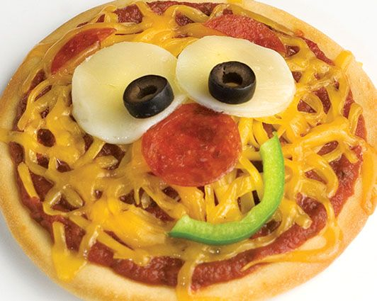 kids recipes | Smiley Face Pizza (Individual Pizzas) | Rhodes Bake-N-Serv