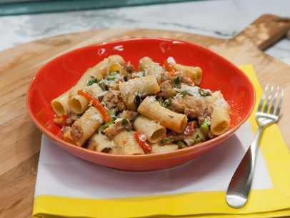 As seen on The Kitchen: Rigatoni with Spicy Chicken Sausage, Asparagus, Eggplant and Roasted Peppers