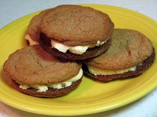 Brown Sugar Cookie Sandwiches | dessert yummys | Pinterest